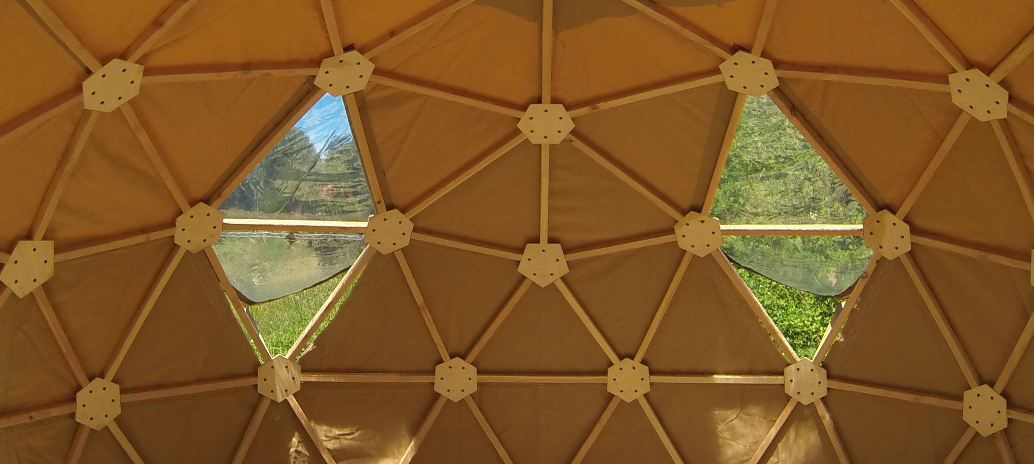 Dôme Géodésiques - Les toiles du berger