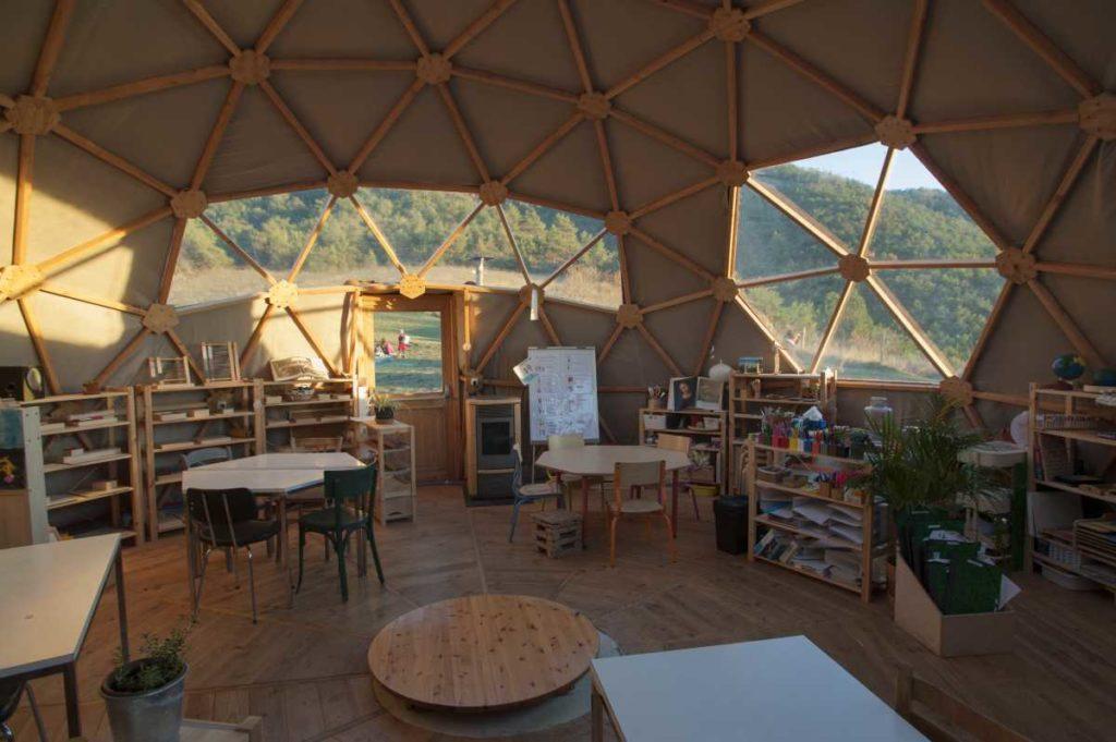 Dômes géodésiques - fréquence 4 - École Montessori